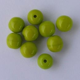 Tsekkiläinen pyöreä lasihelmi 6mm, opaakki vihreä