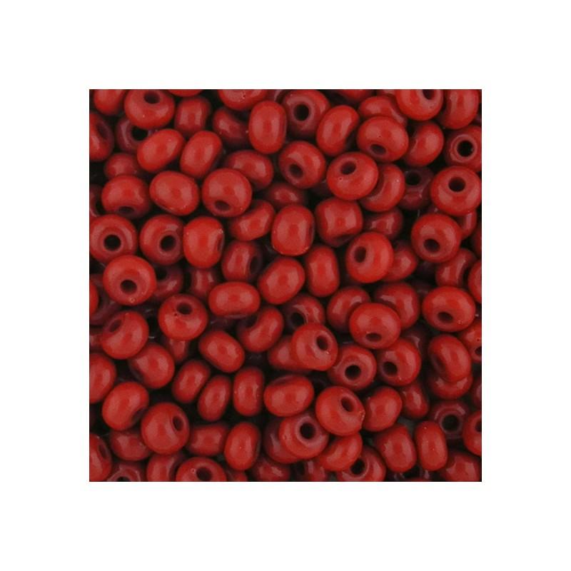 Preciosa pyöreä siemenhelmi 6/0, opaakki tummanpunainen