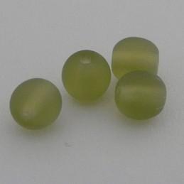 Tsekkiläinen pyöreä lasihelmi 6 mm, kirkas matta tumma oliviini