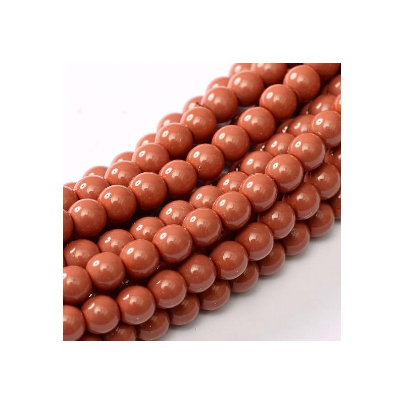 Tsekkiläinen fiesta helmiäislasihelmi 8 mm, tumma korallinpunainen