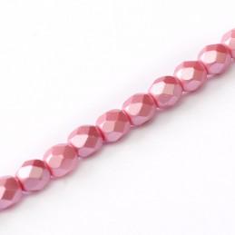 Tsekkiläinen fasettihiottu pyöreä lasihelmi 3 mm, pastelli vaaleanpunainen