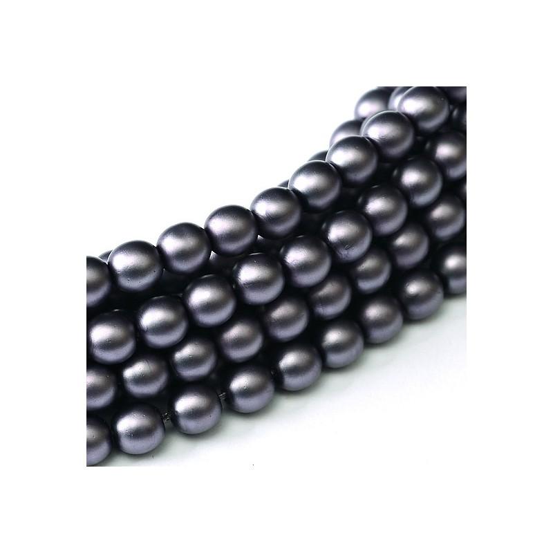 Tsekkiläinen mattapintainen helmiäislasihelmi 3 mm, tumma lila satiini