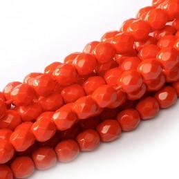 Tsekkiläinen pyöreä Happy Color fasettihiottu lasihelmi 4 mm, oranssihtava punainen