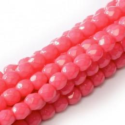 Tsekkiläinen pyöreä Happy Color fasettihiottu lasihelmi 4 mm, pinkki