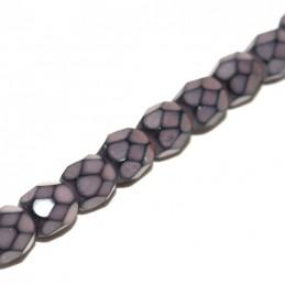 Tsekkiläinen pyöreä fasettihiottu Snake lasihelmi 4 mm, lohenpunainen