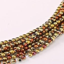Tsekkiläinen pyöreä lasihelmi 2 mm, opaakki musta kalifornian kulta