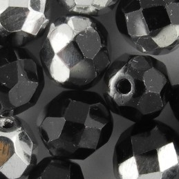Preciosa fasettihiottu pyöreä lasihelmi 8 mm, opaakki musta labrador