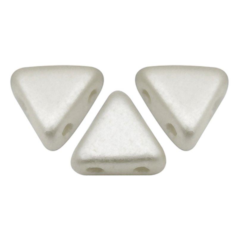Khéops® par Puca® lasihelmi 6 x 6 mm, pastelli valkoinen