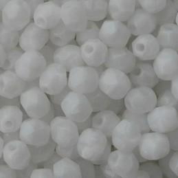 Tsekkiläinen fasettihiottu pyöreä lasihelmi 4 mm, opaakki valkoinen silkki