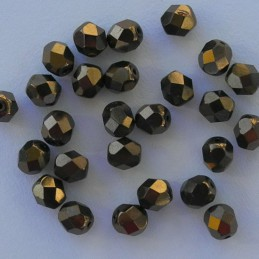 Tsekkiläinen fasettihiottu pyöreä lasihelmi 6 mm, opaakki tumma pronssi
