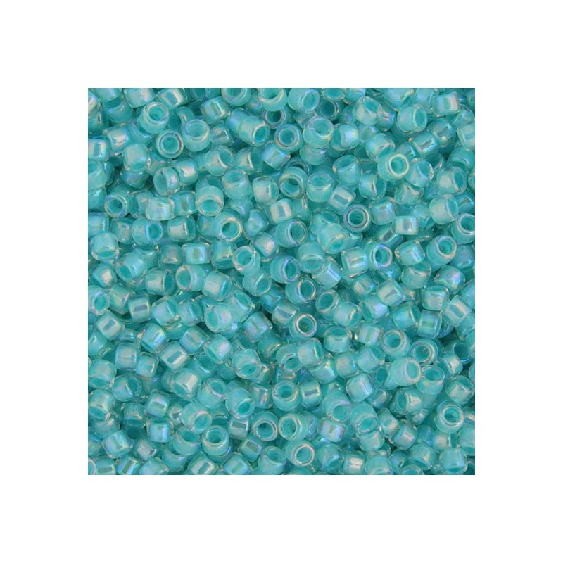 Toho Treasure 12/0, sisältävärjätty kirkas sateenkaari sisävärinä hailakka turkoosi